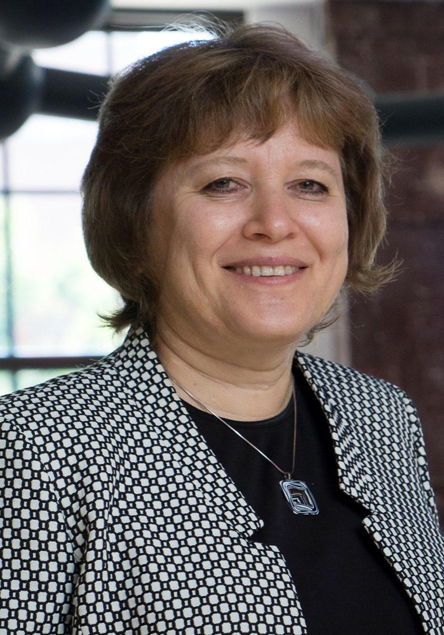 Dr. Julia Laskin