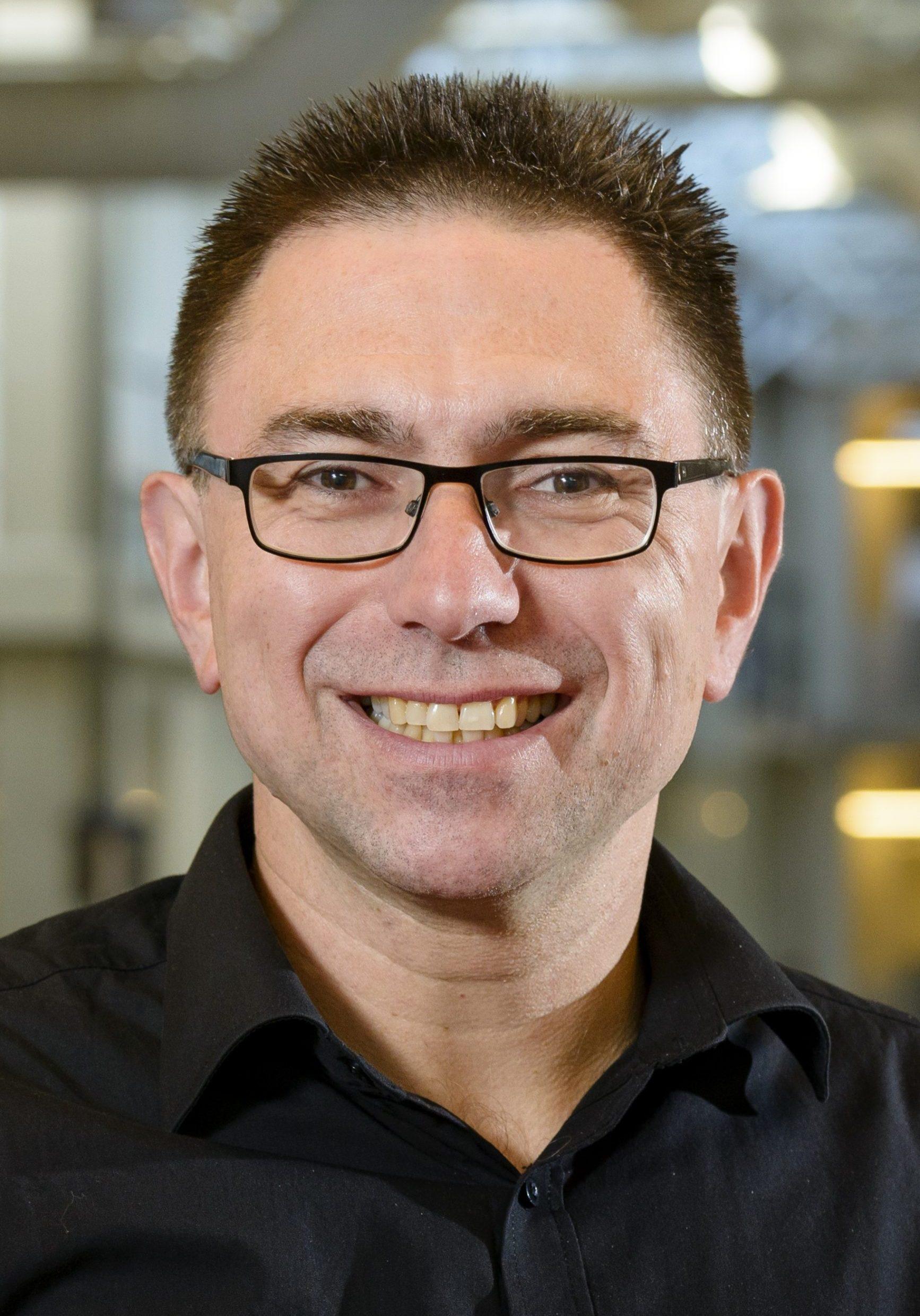 Manfred Wuhrer