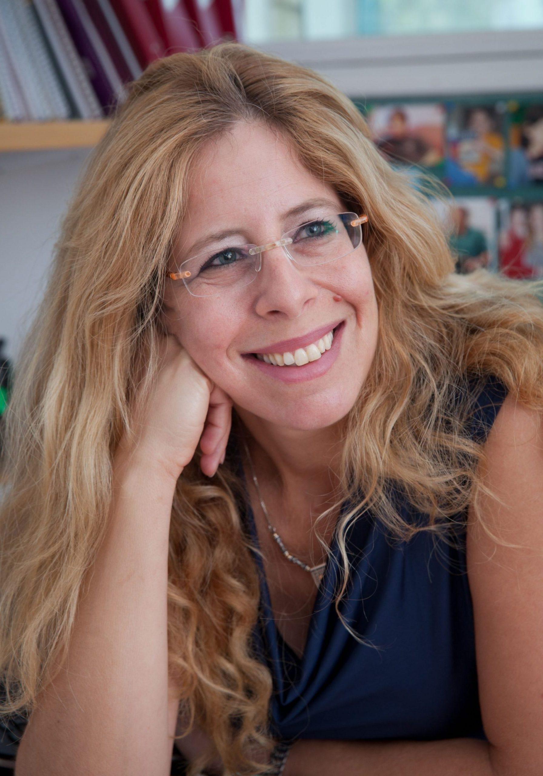Michal Sharon 4